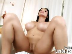 Be the right hand of pornstar Aletta Ocean