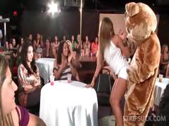 CFNM sexparty with striptease