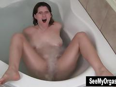 Busty Sosha Masturbating In Jacuzzi
