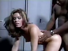 black cock and the white chick