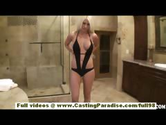 Jazy Berlin stunning amateur blonde in the bathroom