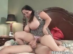Hot and chubby wife enjoys in wet oral part1