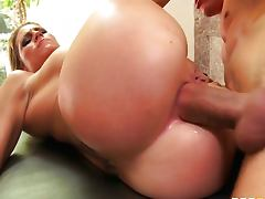 Juicy videos. Marvelous and gorgeous women with juicy amenities are the best in sex