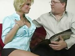 Diamond Foxxx Sexy Ass Milf