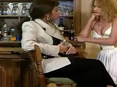 Julia Chanel Au Dela Du Miroir Sc 01 02
