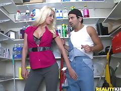 Hot Jazy Berlin gets fucked and facialed in a shop