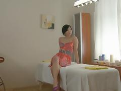 Oriental gal receives in massage fuck