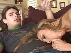 Manuel Ferrara fucks with slutty Lexi Love