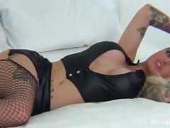 Lesbian BTS with Christy Mack