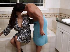 Francesca Le enjoys jumping on a boner in the bathroom