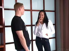 Handsome guy fucks Kelly Summers's nice pussy doggystyle